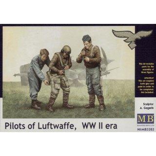 1:32 Pilots of Luftwaffe, WWII era. Kit 1