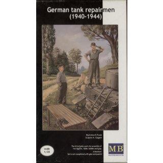 1:35 German tank repairmen (1941-1945)