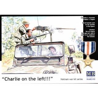1:35 Charlie on the left!!! Vietnam war kit