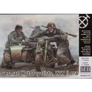 1:35 German motorcyclists, WWII era
