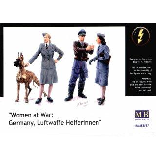 1:35 Woman at war: Germany, Luftwaffe Helferi