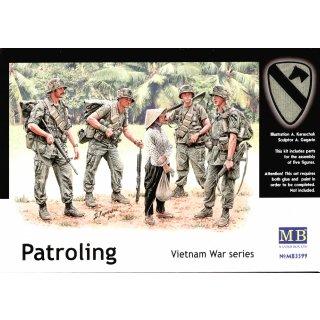 1:35 Patroling, Vietnam