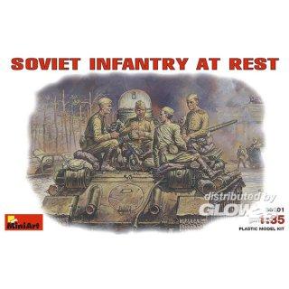 1:35 Sowj. Panzerbesatzung bei der Pause bei der Pause