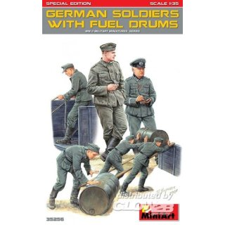 1:35 Germans Soldiers w/Fuel Drums. Special Edition