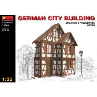 1:35 Deutsches Stadthaus